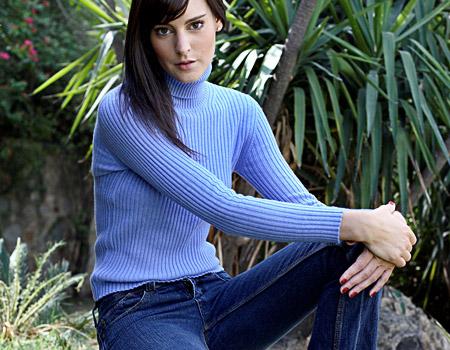 <p>Women sweaters</p>